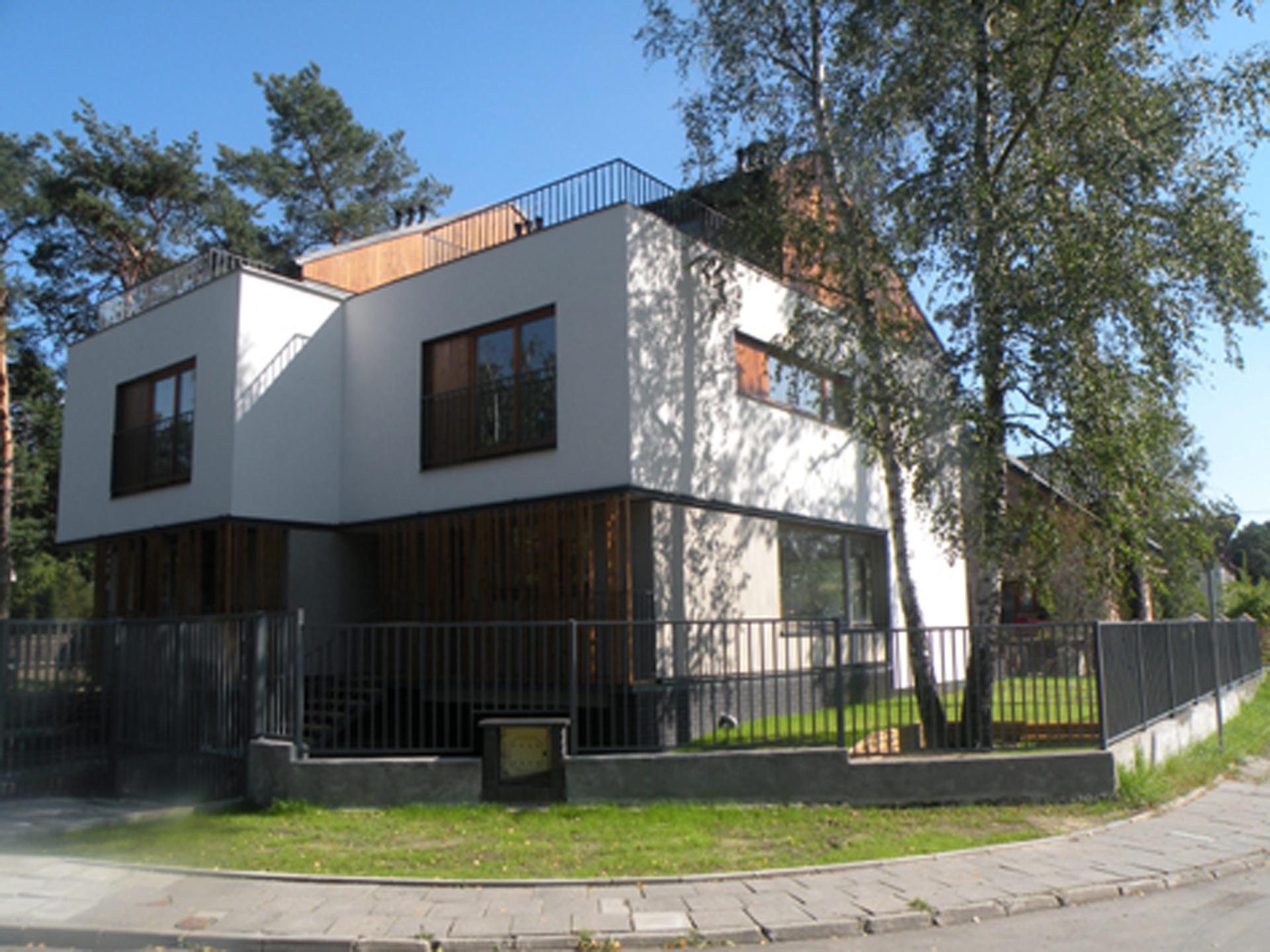 Dom jednorodzinny w Otwocku projekt domu BAZA architekci