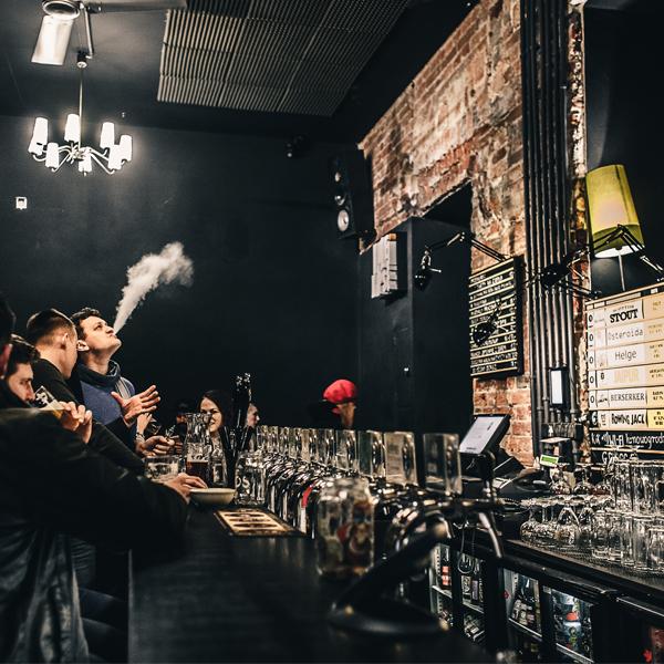 Kufle i Kapsle Craft Beer Pub Warszawa, Projekt pubu BAZA architekci.